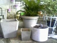 1300497058_18066812_1-Fotos-de--grande-queima-de-vasos-de-cimento-e-suportes-de-ferro