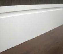 Rodapé 1 friso 15 cm